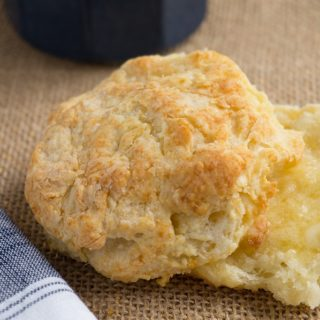 Traditional Southern Buttermilk Biscuits