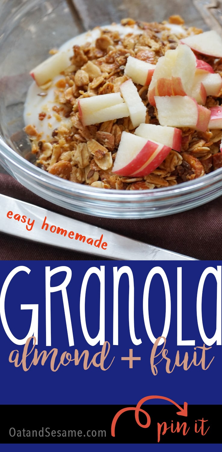 Easy Homemade Granola - Almonds, Flax and Dried Fruit | BREAKFAST | HEALTHY SNACKS | Recipe at OatandSesame.com