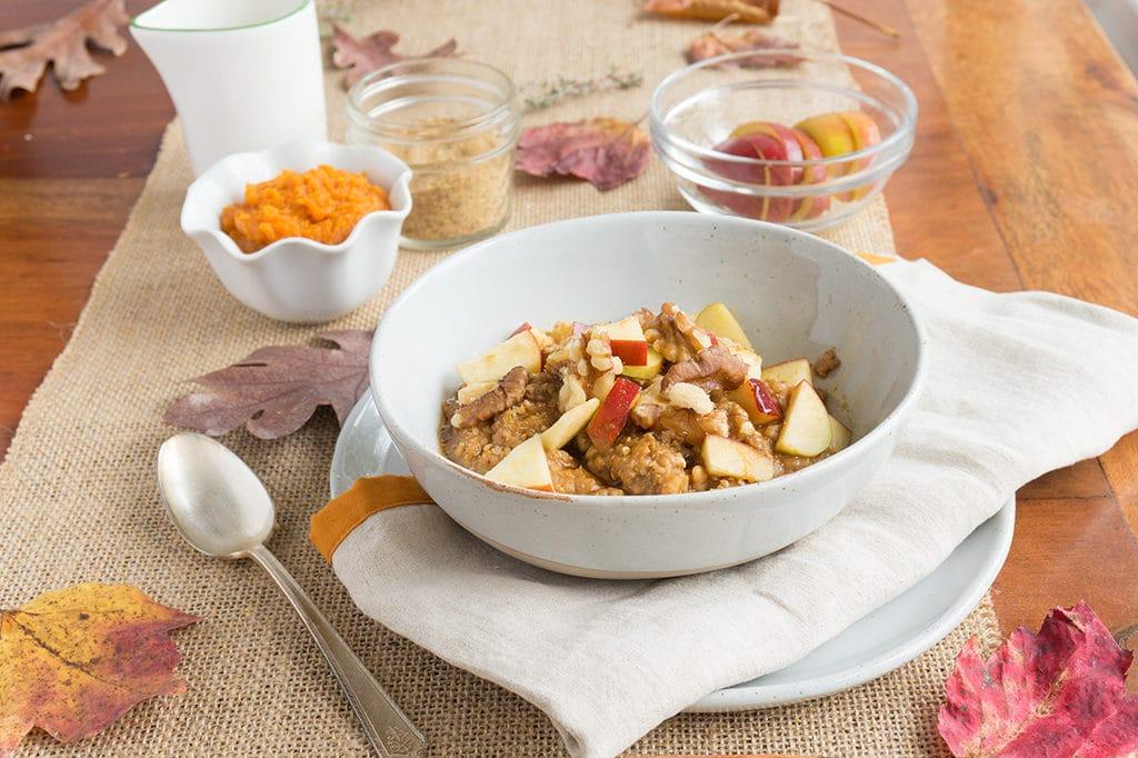 Maple Pumpkin Oatmeal with Walnuts - Oat&Sesame