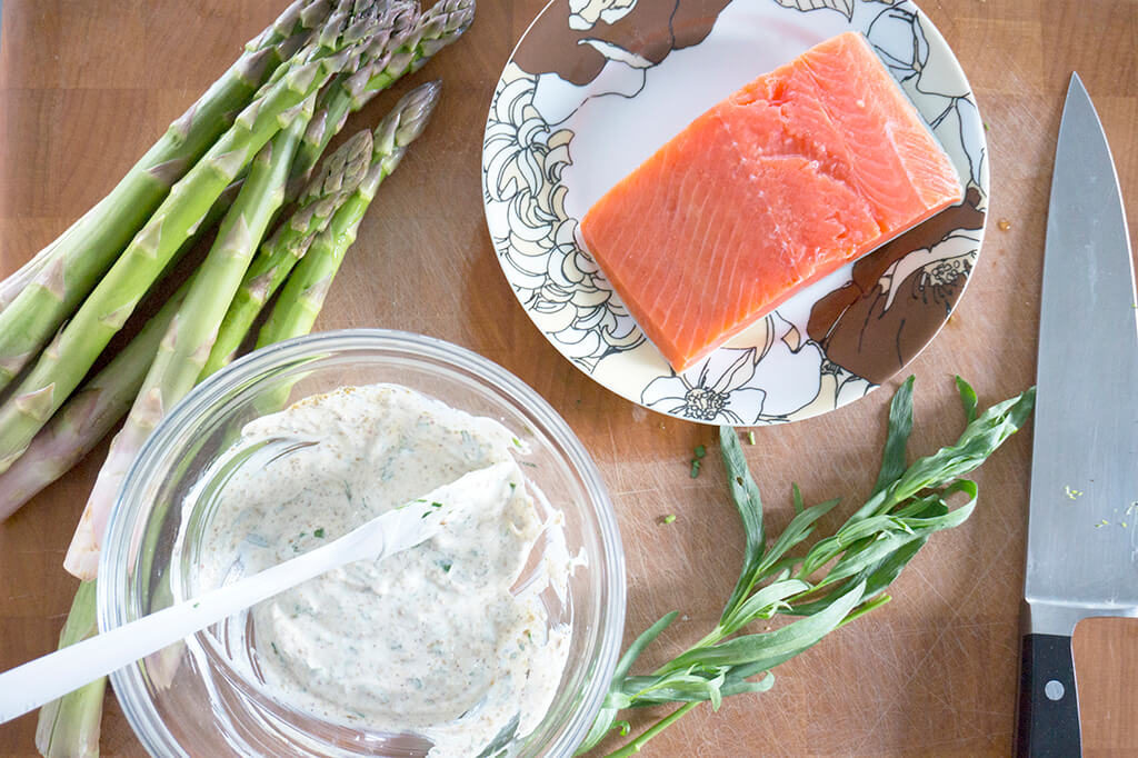 Panko Crusted Salmon with Creamy Tarragon Sauce