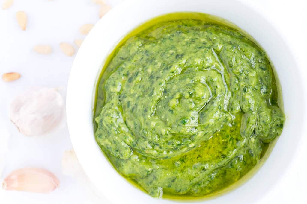 Make this delicious Spinach-Basil Pesto Sauce and get some Essential Tips for Bright Green Pesto